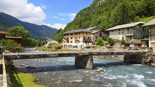 Francja - Liczba hoteli Thonon Les Bains