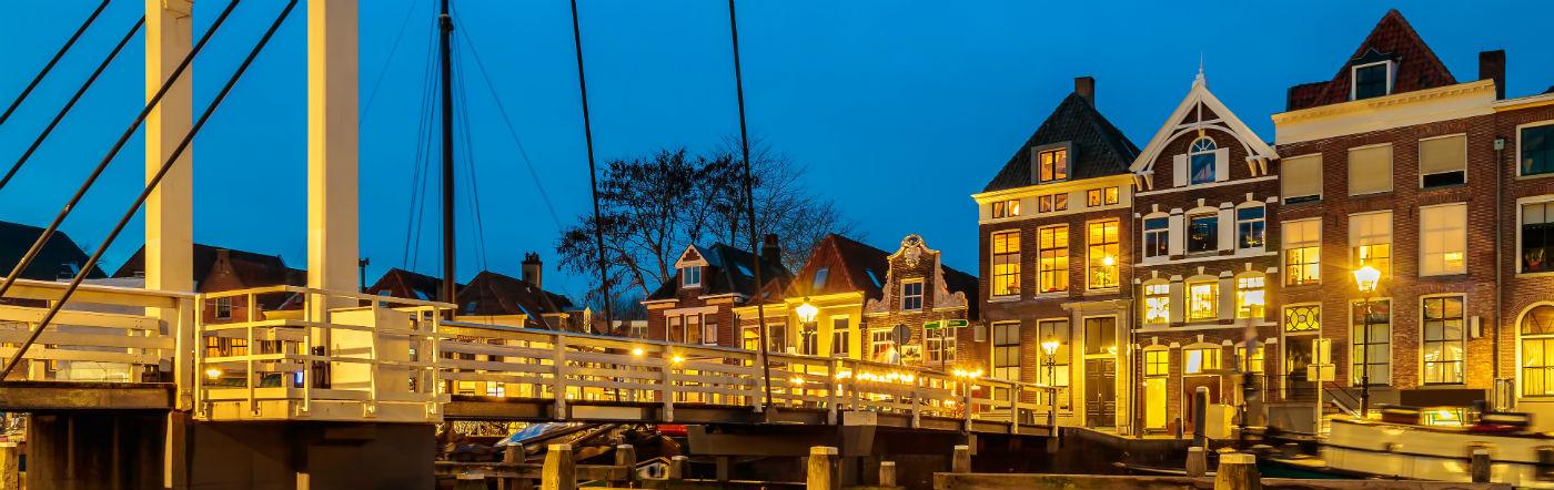 Holandia - Liczba hoteli Zwolle