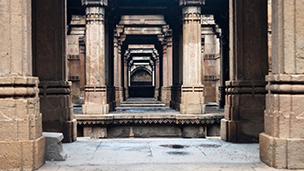 Indie - Liczba hoteli Ahmedabad