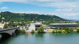 Francja - Liczba hoteli Chasse Sur Rhone