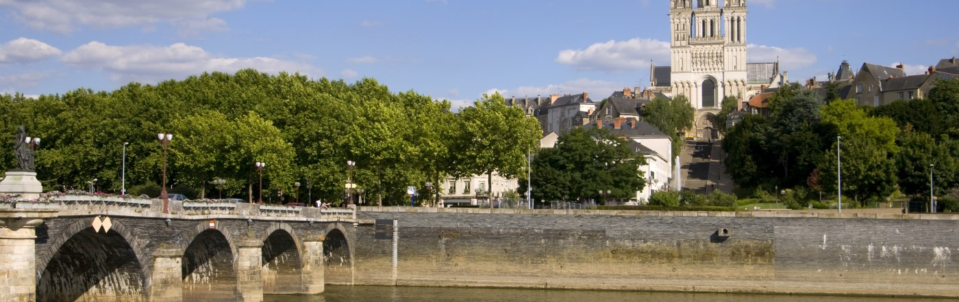 Frankrike - Hotell Saint-Sylvain-d Anjou