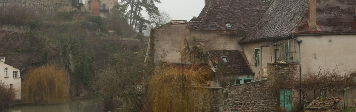Fransa - POUILLY EN AUXOIS Oteller